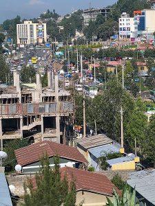 Katunäkymä Addis Abebasta.