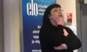 Anni Karttunen esitteli Pohjois-Savon seurantatyökalua.
