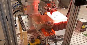 Valtra pilotti: Robotiikka helpottaa työn kuomittavuutta ja nopeuttaa työvaiheita