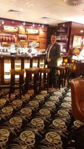 Britannia on merkittävä markkina-alue monille alkoholijuomille ja alkoholia käytetään sosiaalisissa tilanteissa esimerkiksi baareissa ja yksityisklubeilla.